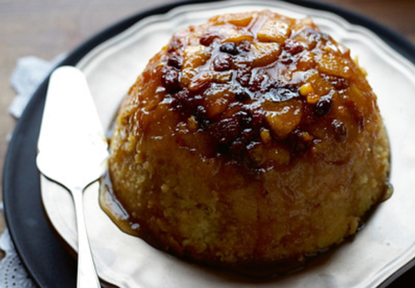 Steamed Pudding with Apples and Mincemeat