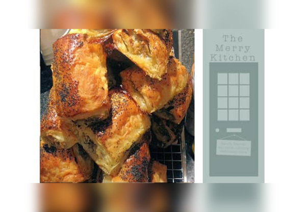 Apple and sage sausage rolls