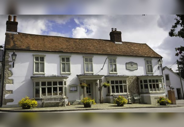 The Bell at Ramsbury – England's Best Pub, 2017-18