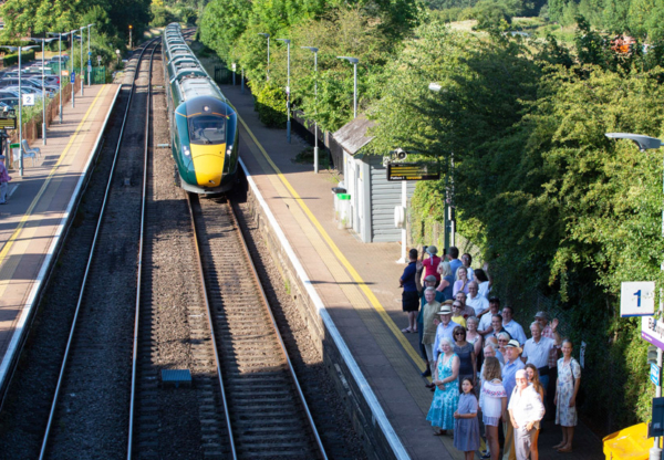 Direct Train Services from Hungerford to Paddington Saved