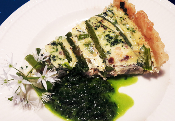 Asparagus & Wild Garlic Tart (with Wild Garlic Pesto)