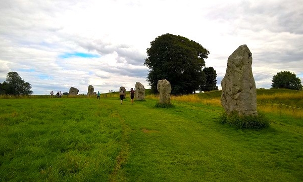 The Longest Solstice Knit at Avebury