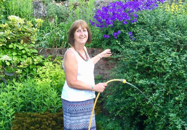 Gardening Gurus on 4LEGS Radio