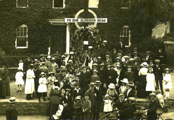 Do you have a relative commemorated on a WWI Memorial in Wantage?