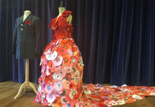 John O'Gaunt's dress of 500 poppies