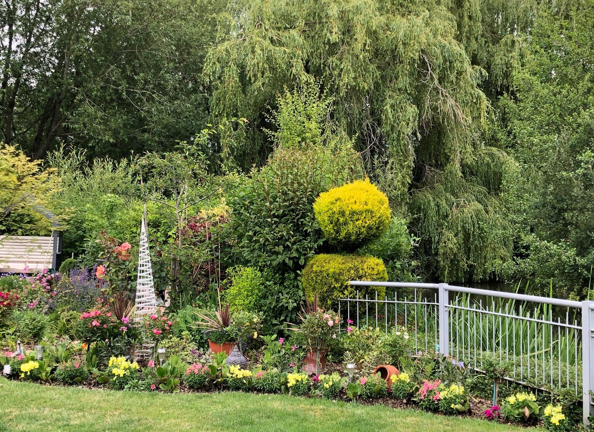 Garden Island fence